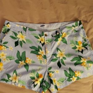 Old Navy Tropical Shorts size 20